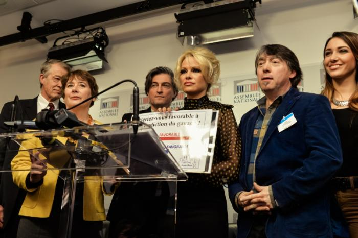 GAIA and Pamela Anderson in Paris to protest against the force-feeding of ducks